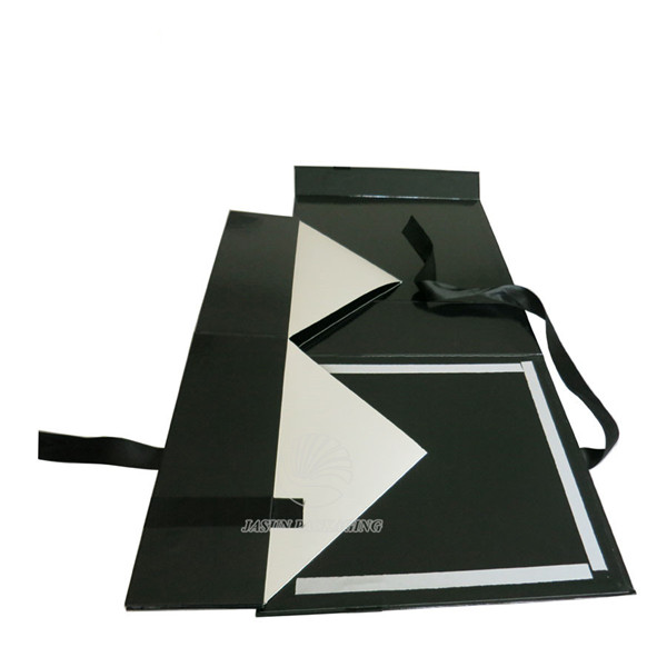 wholesale custom magnetic foldable black flat pack
