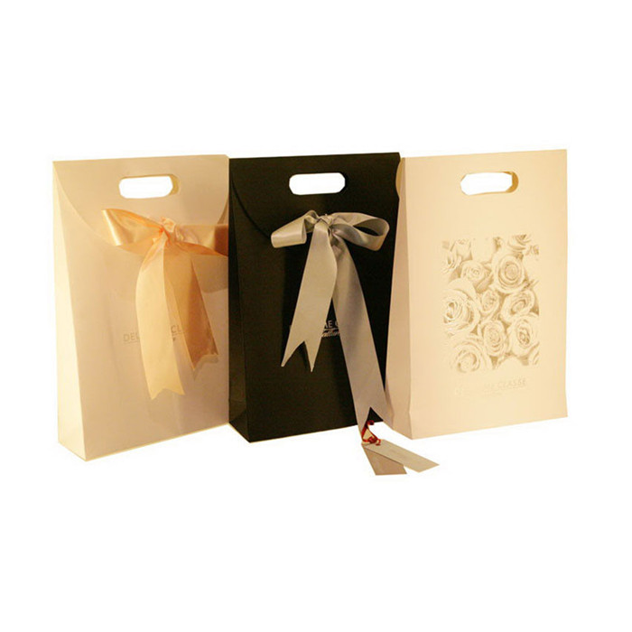 China-supperlier-paper-gift-bag-custom-paper