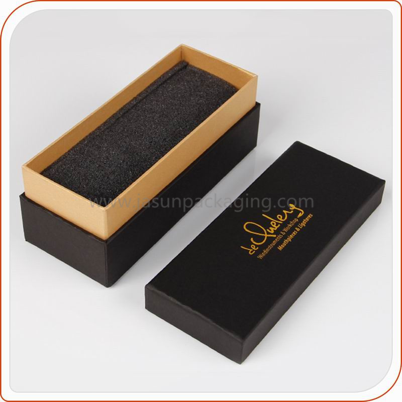 Custom-black-gold-logo-paper-shoulder-box
