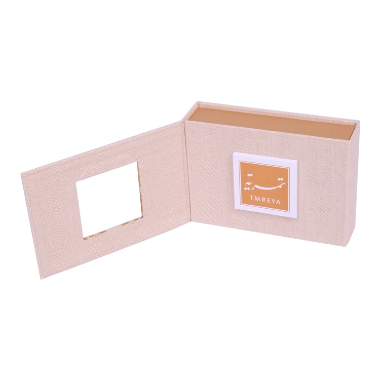 Foldable-Cardboard-Custom-Plasic-Chocolate-Gift-Paper